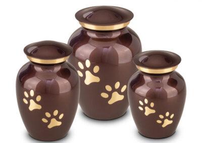 HU 197 Messing urn