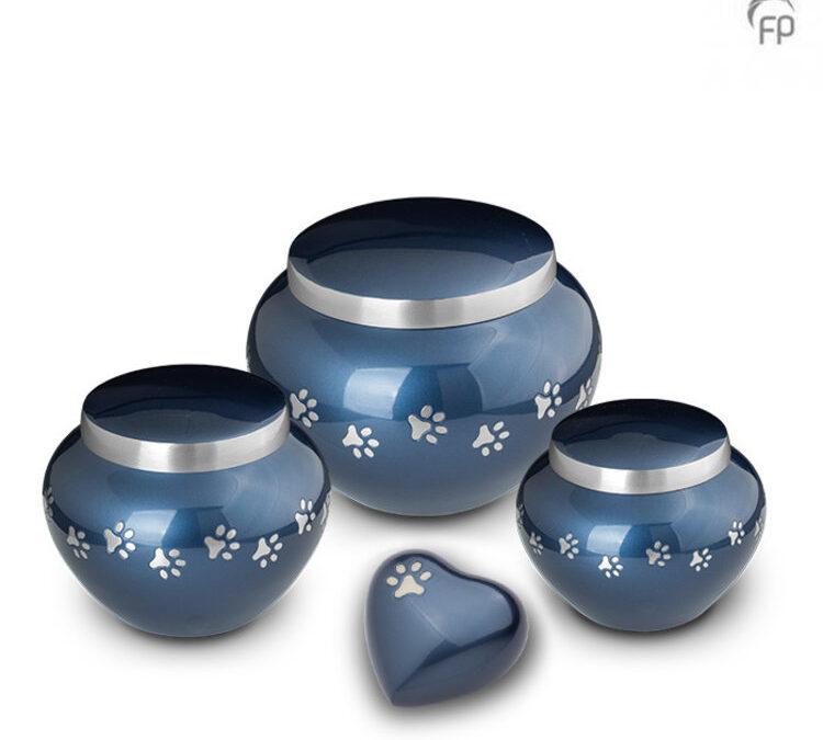 Messing urn blauw met pootjes